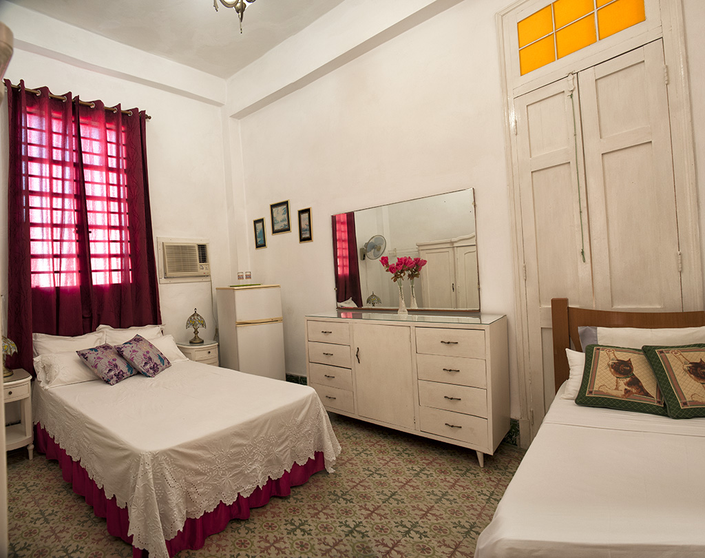 Cheap room in Casa Manuel