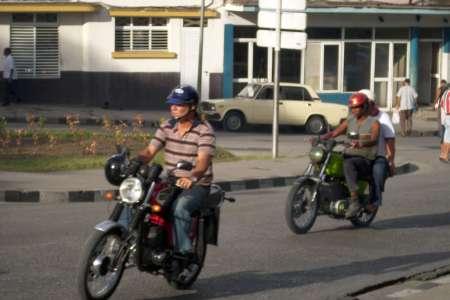 Moto in Santiago de Cuba