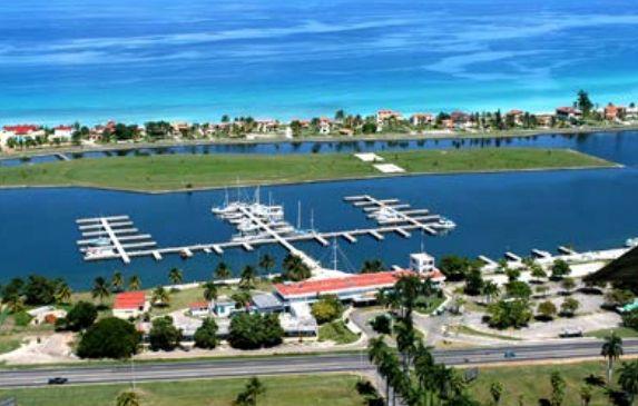 Kubanischer Hafen: Investition